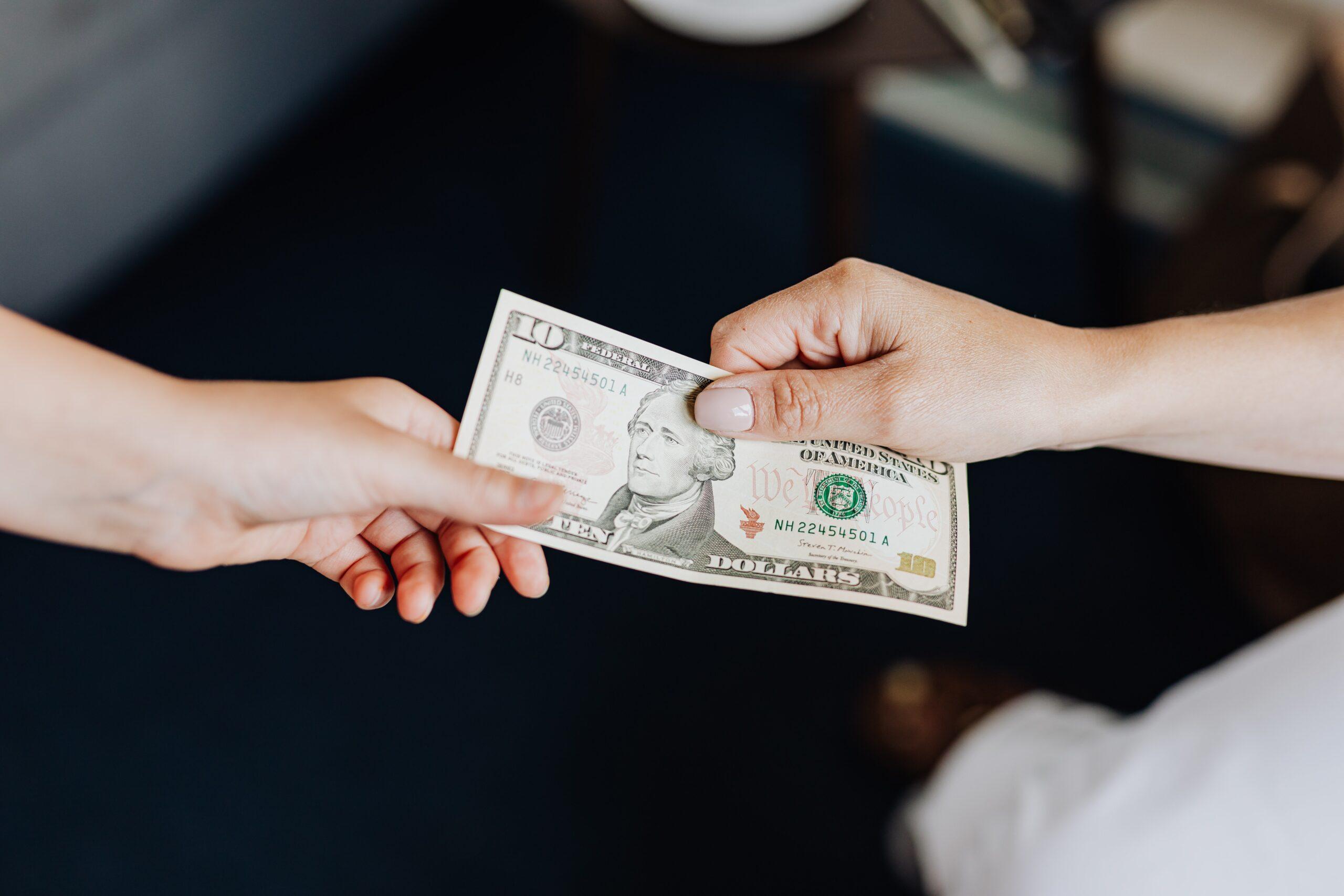 Recuperare l'assegno di mantenimento all'estero